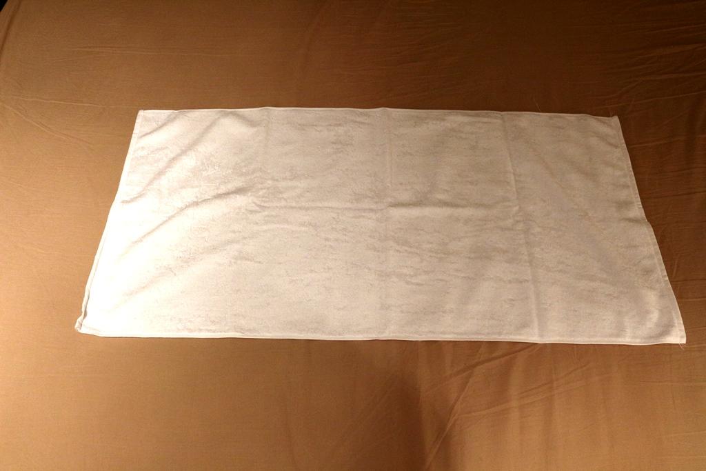 Hemd-handtuch-falten-1